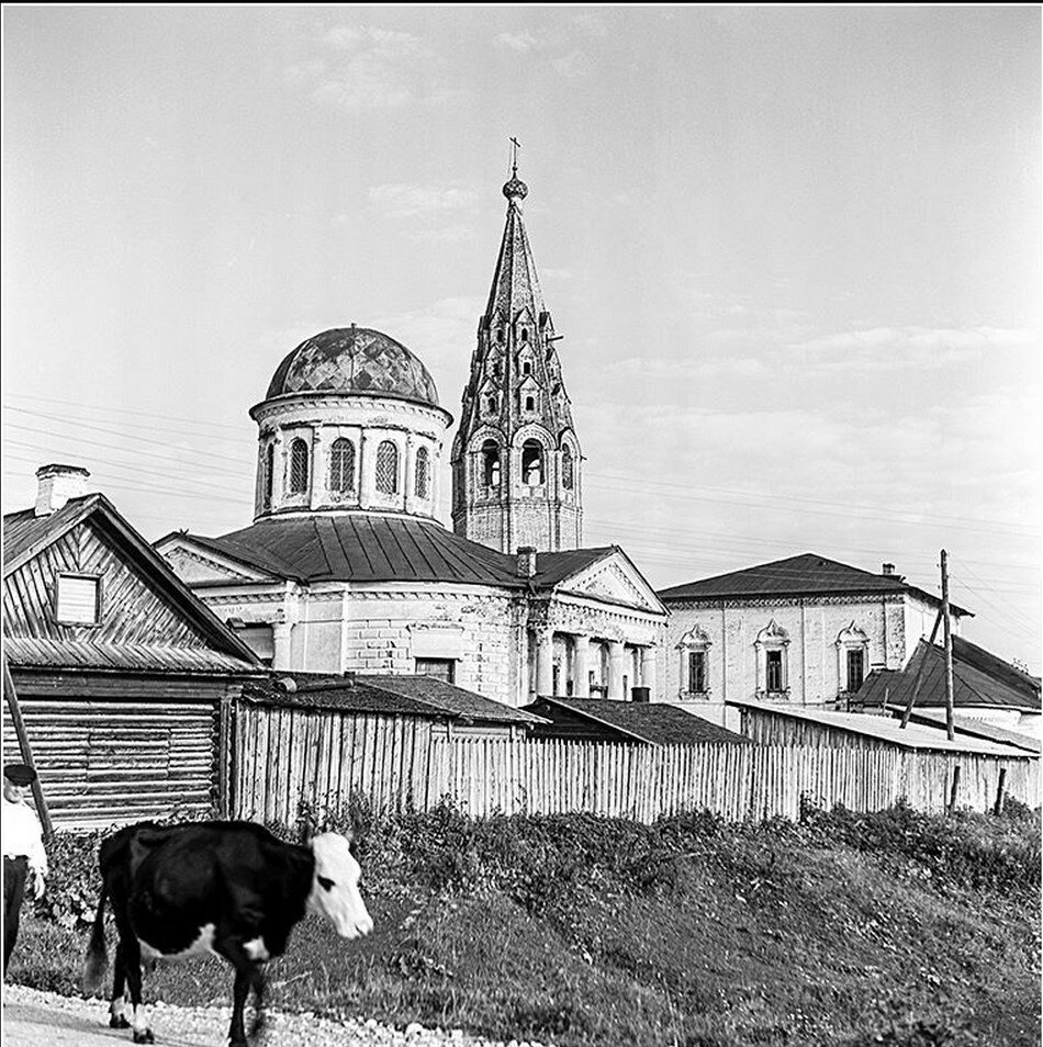 Спаса Преображения и Никольская церкви