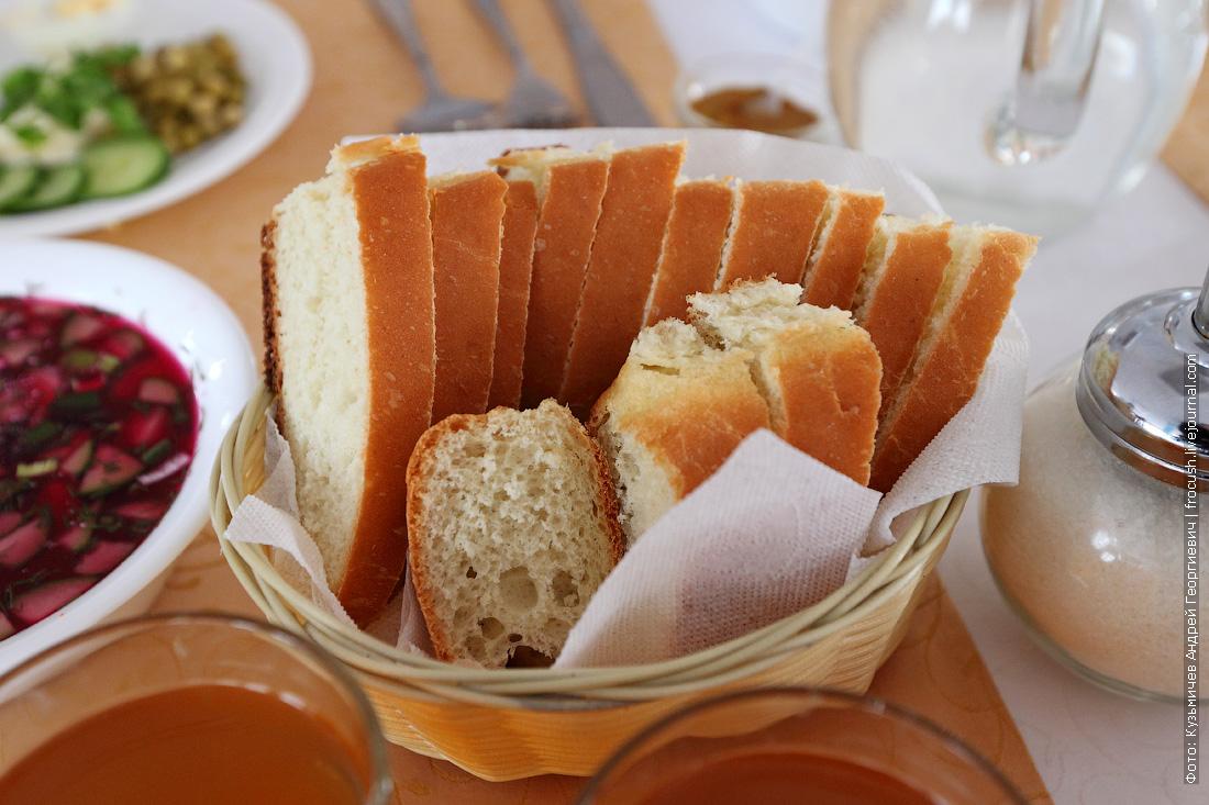вкусный хлеб на теплоходе Русь Великая