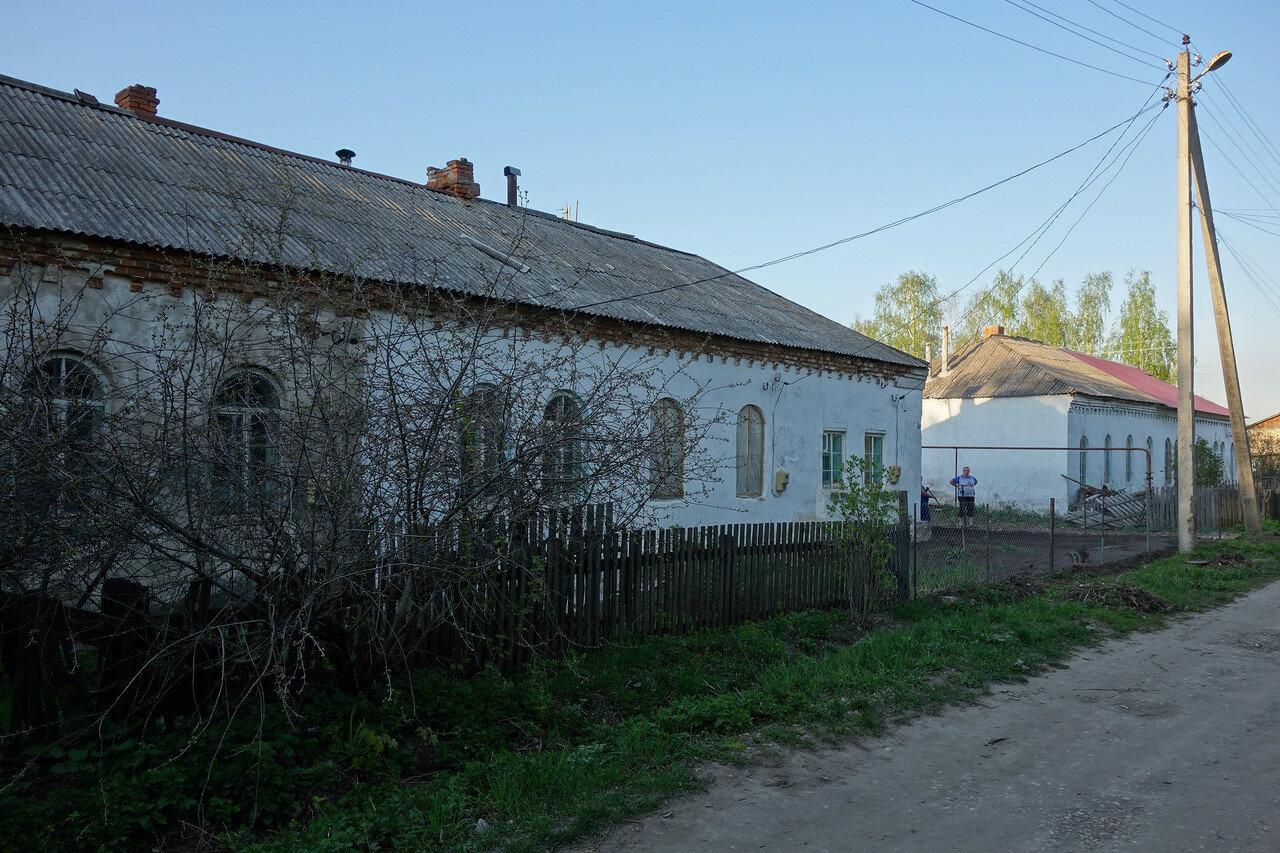 старинные жилые дома в селе Песочня