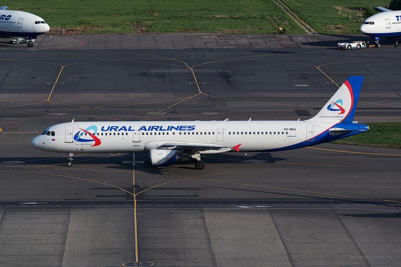 Airbus A321-211 (VQ-BDA) Уральские Авиалинии D804679