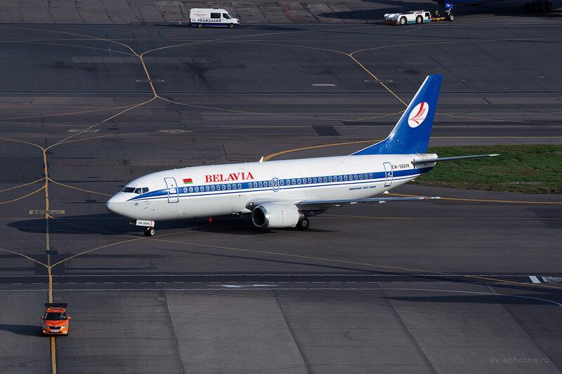 Boeing 737-31S (EW-366PA) Belavia D804697
