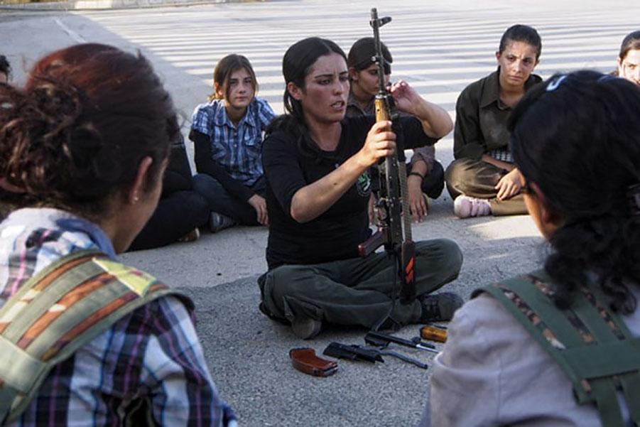 SYRIA-CONFLICT-KURDS-ISLAMISTS-WOMEN