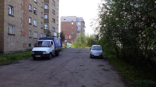 Фотография Инты №5626  Куратова 39 и 41 15.08.2013_11:42
