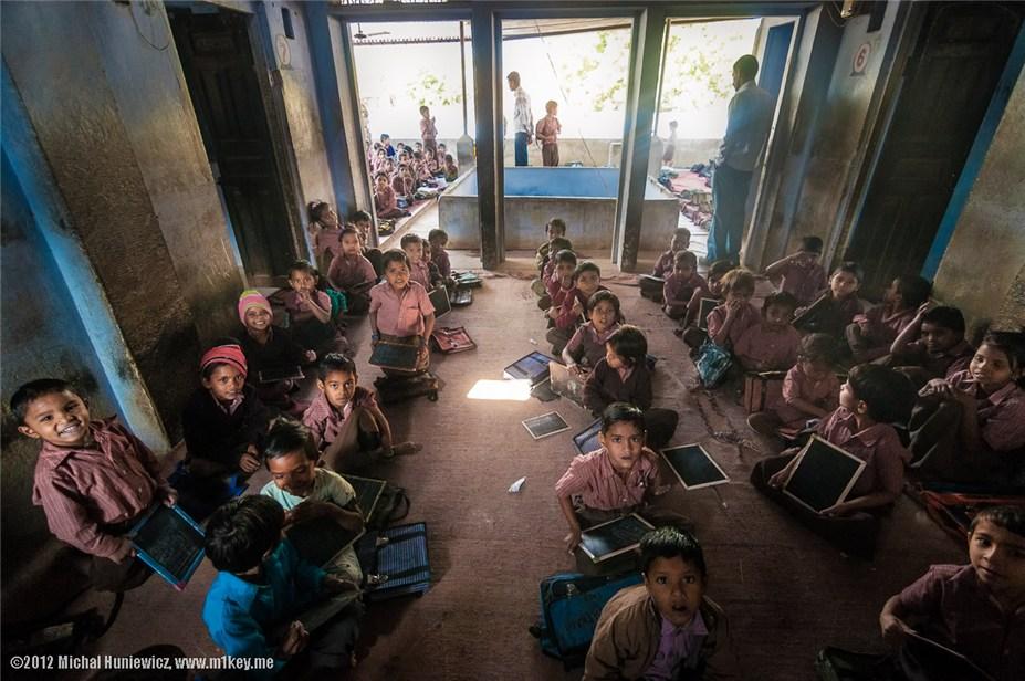 небольшая школа в Абханери - путешествие по Индии / India by Michal Huniewicz