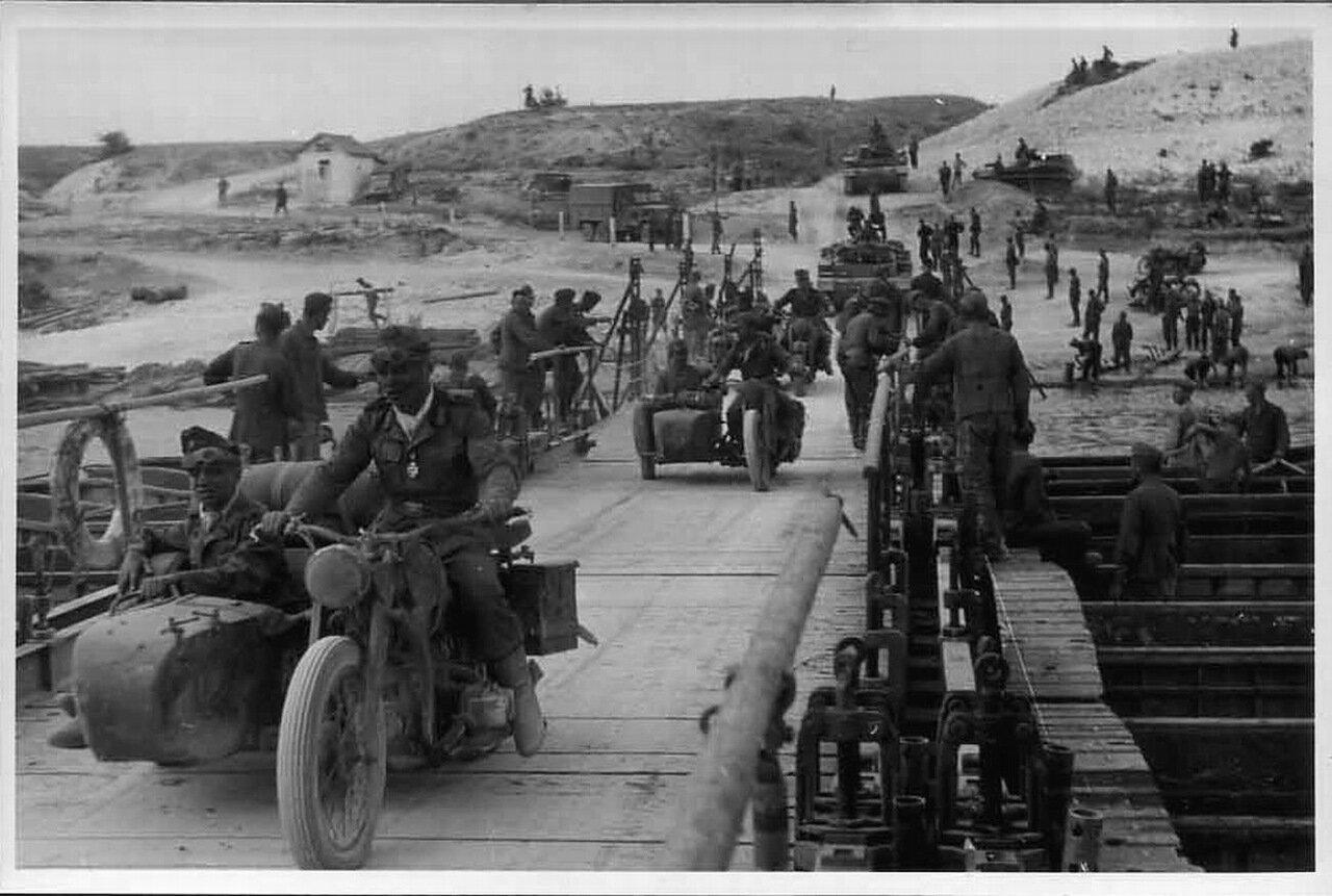 1942. Немецкие войска переходят Дон