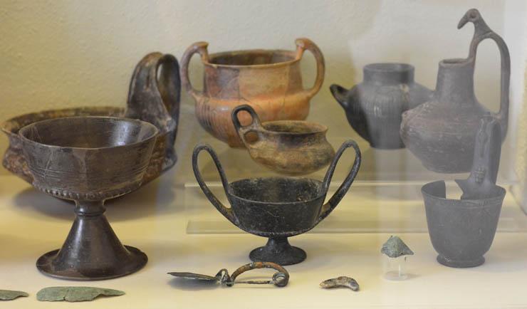 Этрусская керамика буккеро