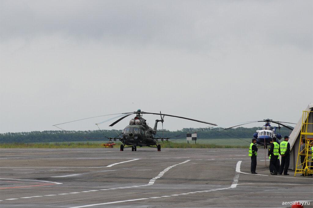 Вертолеты Ми-8 в Барнауле