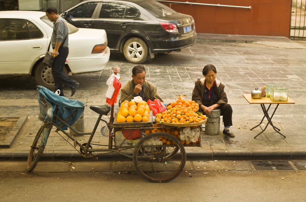 Как доехать из Guilin в Yangshuo самостоятельно. Отдых в Китае. Гуйлинь. Нужны фрукты?