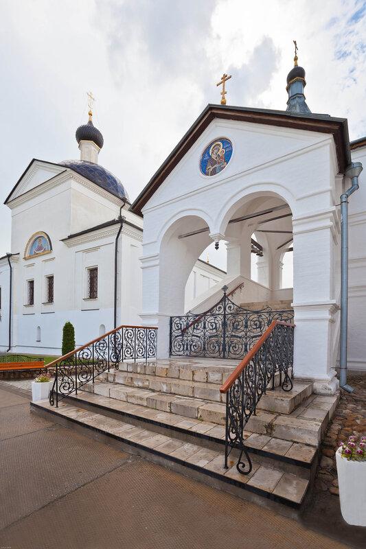 Серпуховской монастырь -  Супенчатая часовня
