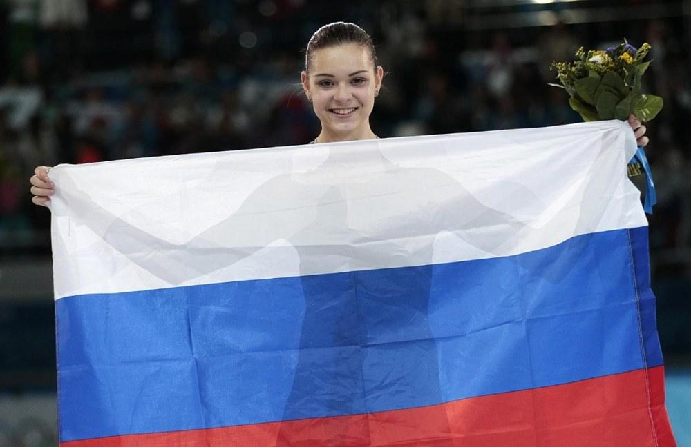 картинки спортсмены и российский флаг
