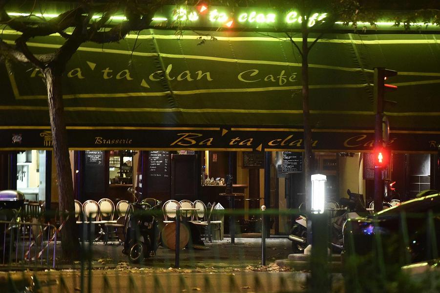 Теракты в Париже 13.11.15 (12).png