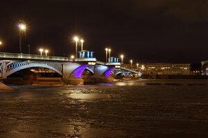 Благовещенский мост зимней ночью, Санкт-Петербург
