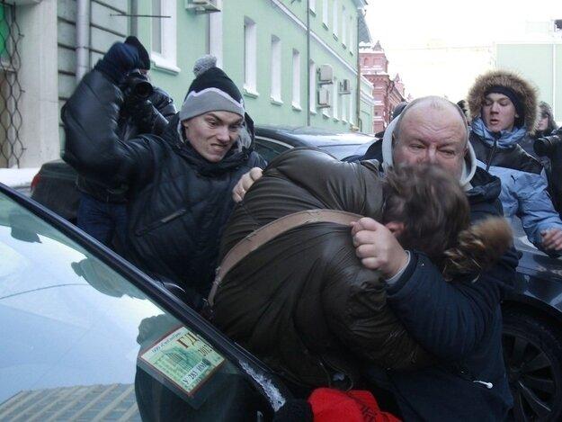 Американцы посылают русских нахрен