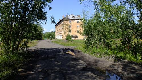 Фото города Инта №5150  Юго-западный угол Гагарина 9 16.07.2013_12:21