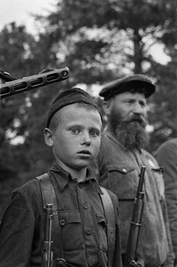 Юный партизан Петр Гурко из отряда