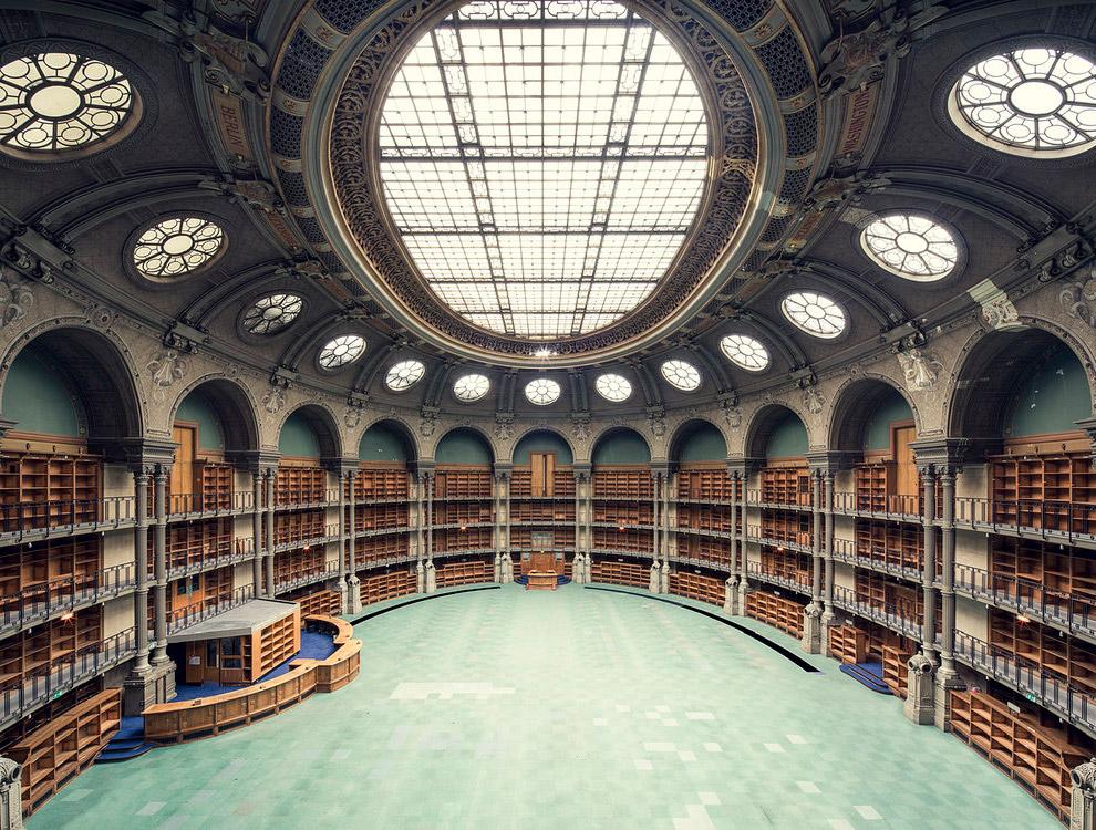 12. Biblioteca Angelica, Rome. Библиотека Анжелика в Риме ? одно из величайших собраний редких книг