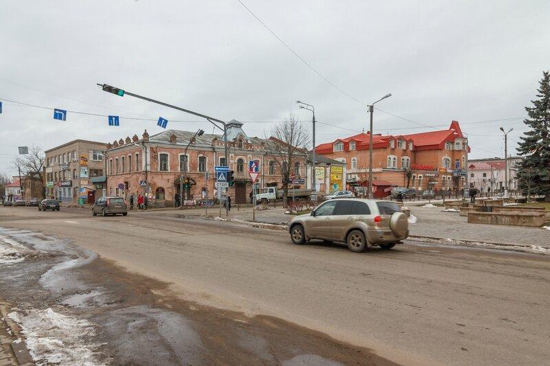 Пересечение улиц Кирова и Урицкого, Кимры