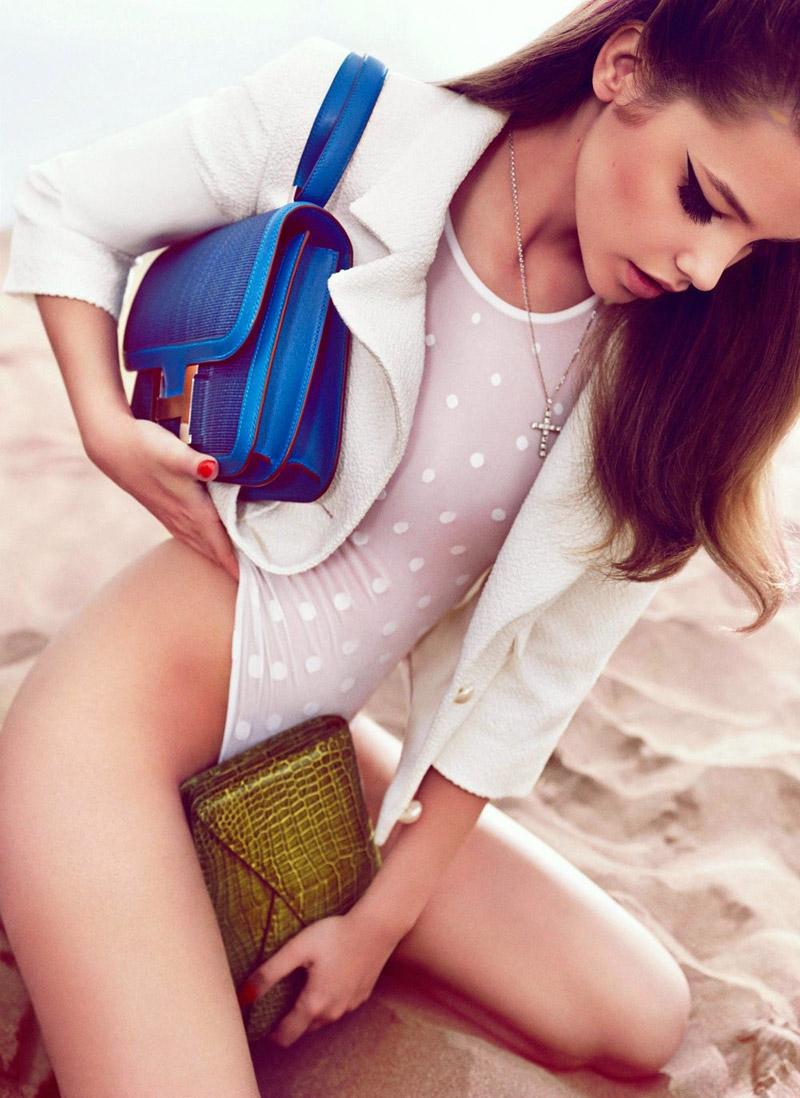 Барбара Палвин (Barbara Palvin) фотосессия для журнала Vogue
