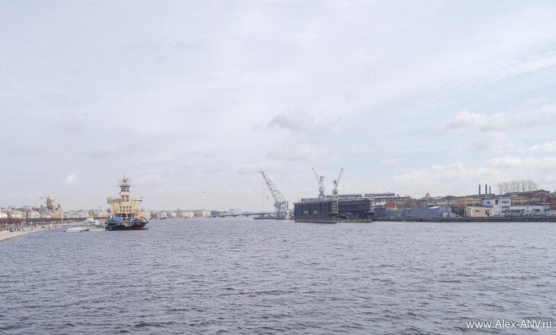 Вид на центр города с борта ледокола 'Красин'