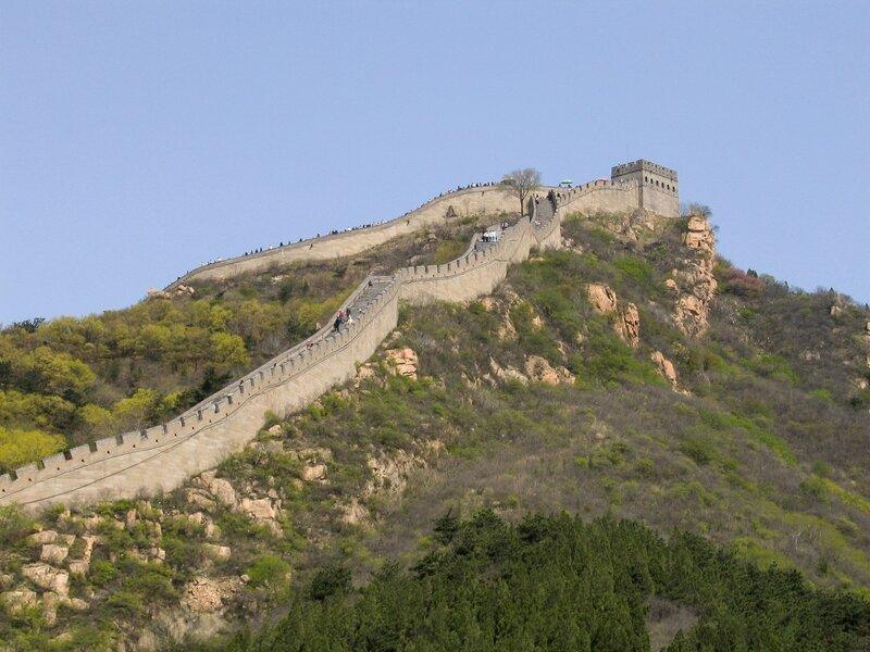 Башня и стены, Великая китайская стена, Бадалин