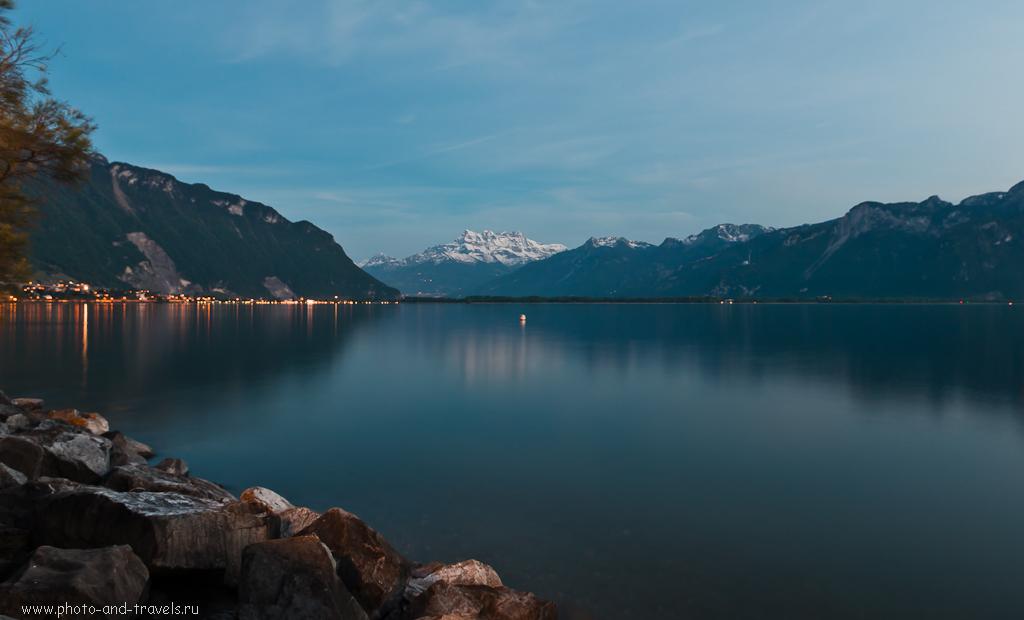 Фото 11. Поездка по Швейцарии. Вид с набережной в городе Монтрё (Montreux)