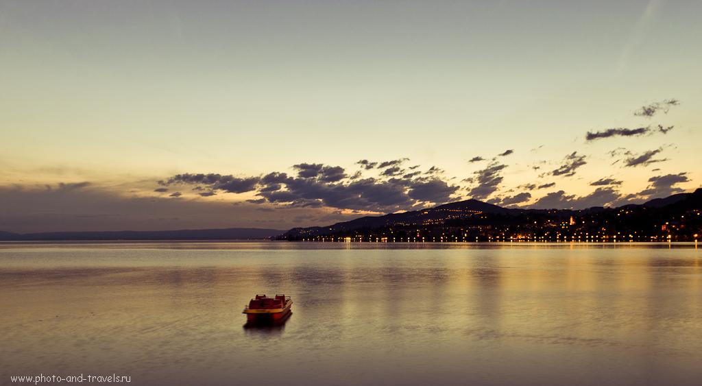 Фотография 12. Отдых в Швейцарии. Вечерний Монтрё (Montreux). Ночной пейзаж, снятый на зеркалку Никон Д5100 и объектив Никон 17-55/2,8.