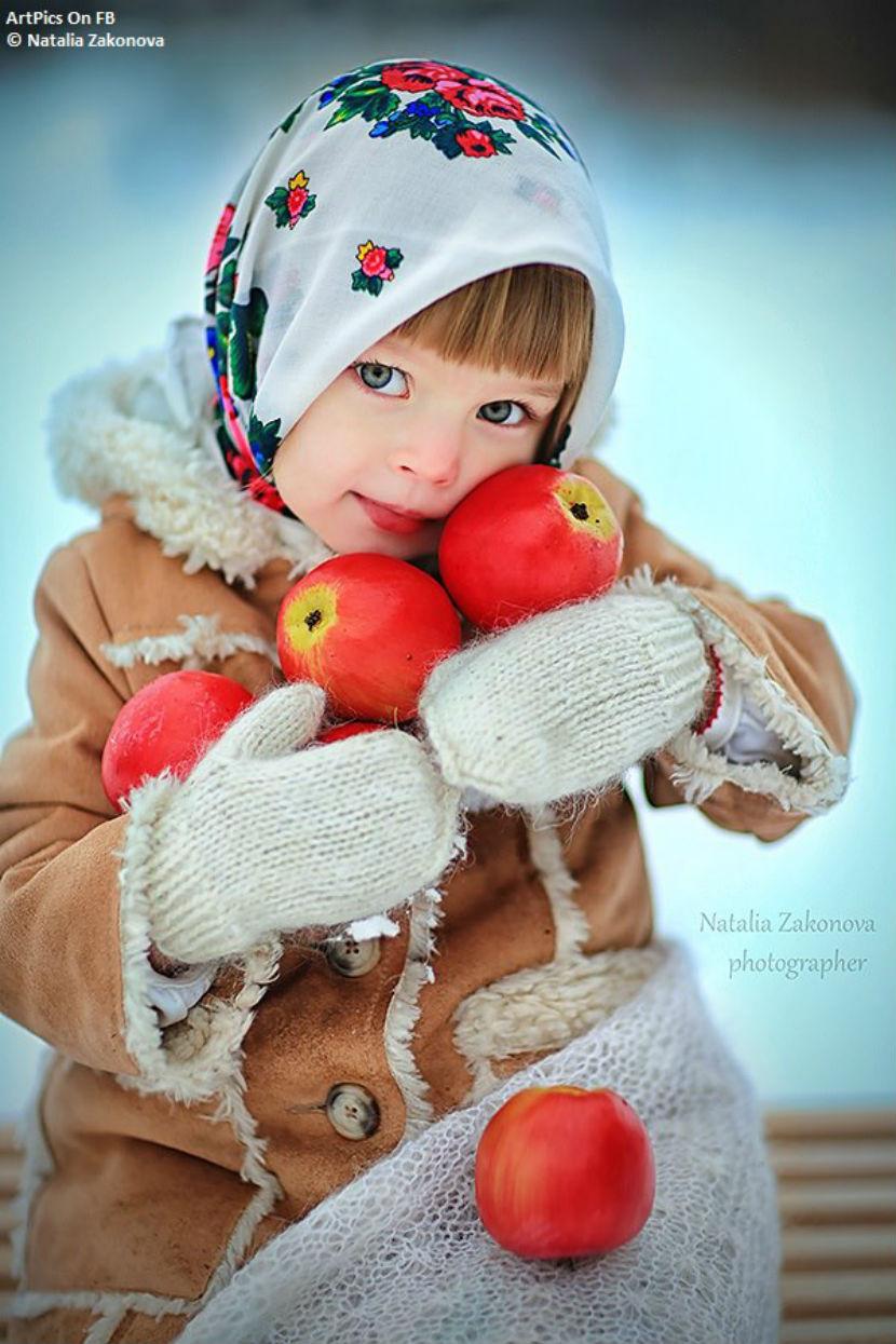 Русская красавица моется 28 фотография