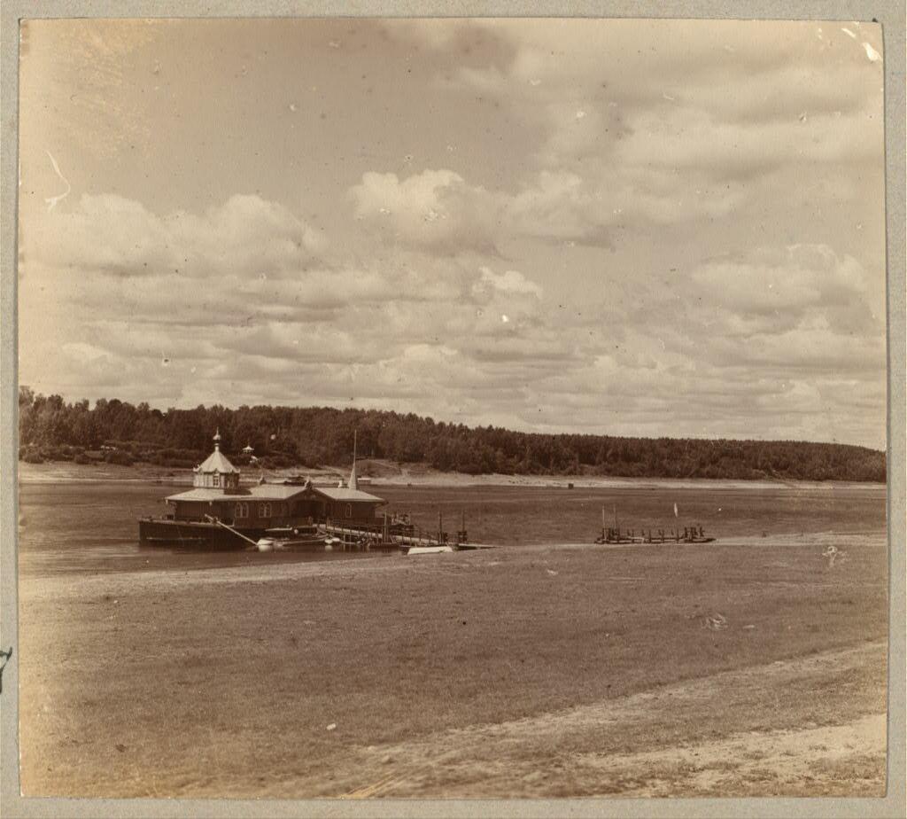 Пристань Толгского монастыря. 1910.