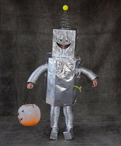 Карнавальный костюм робот своими руками
