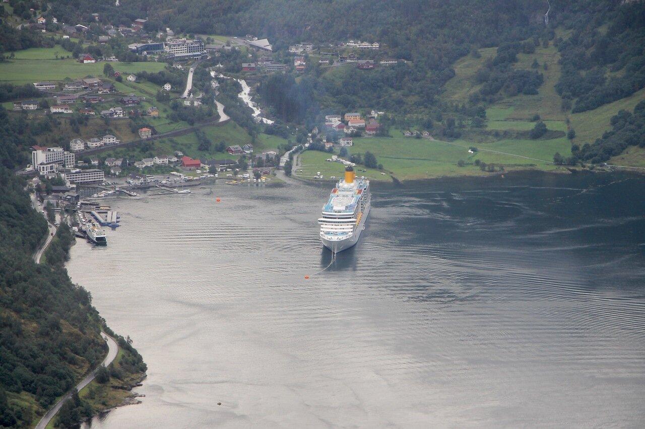 Costa Luminosa cruise liner in Geiranger