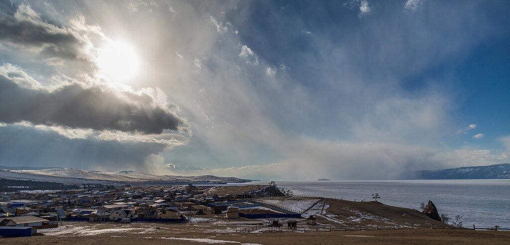 Байкал в марте. Хужирский пейзаж. Буйство стихии