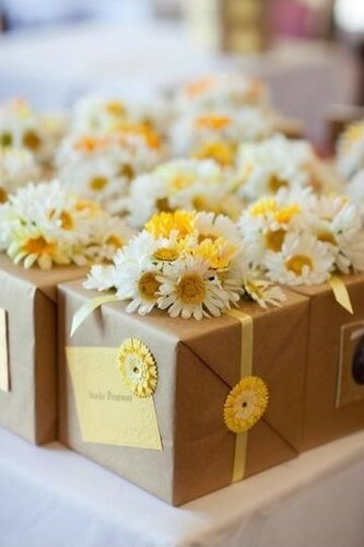 Подарочные упаковки с цветами