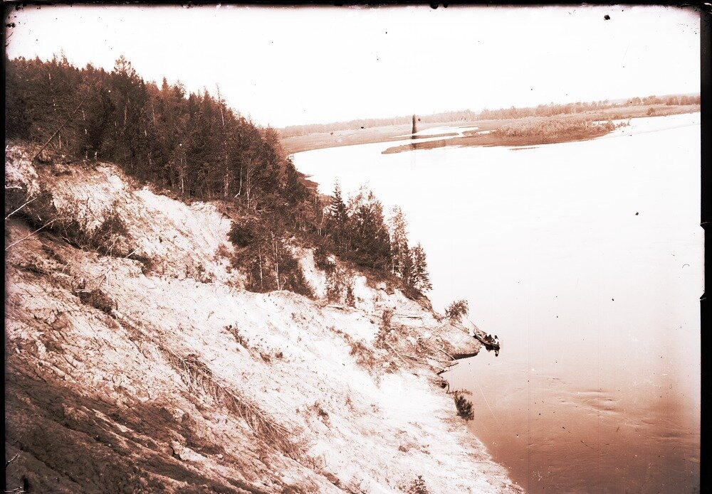 1912. Река Вах, близ села Ларьяк
