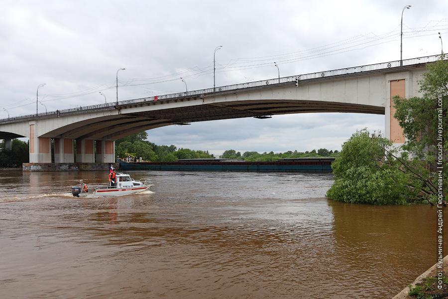 Волго-Дон 201 у Строгинского моста 26 мая 2013 года