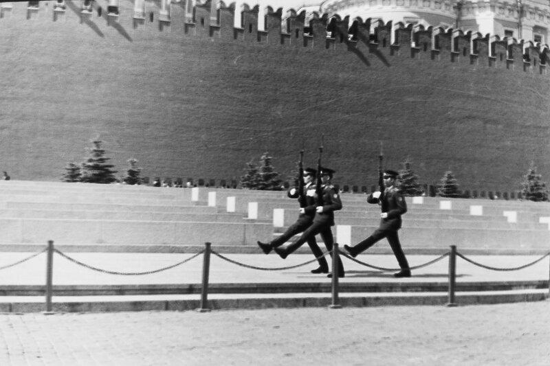 Почетный караул на Красной площади