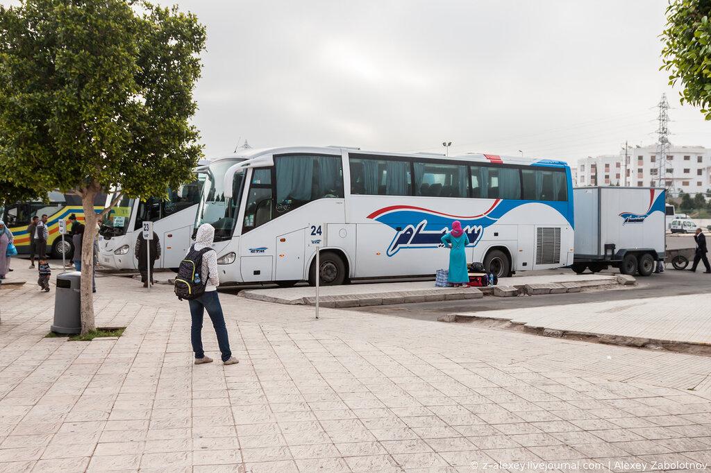 Автовокзал в Агадире (Марокко)