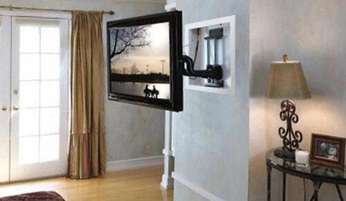 Как прикрепить телевизор к стене кронштейном
