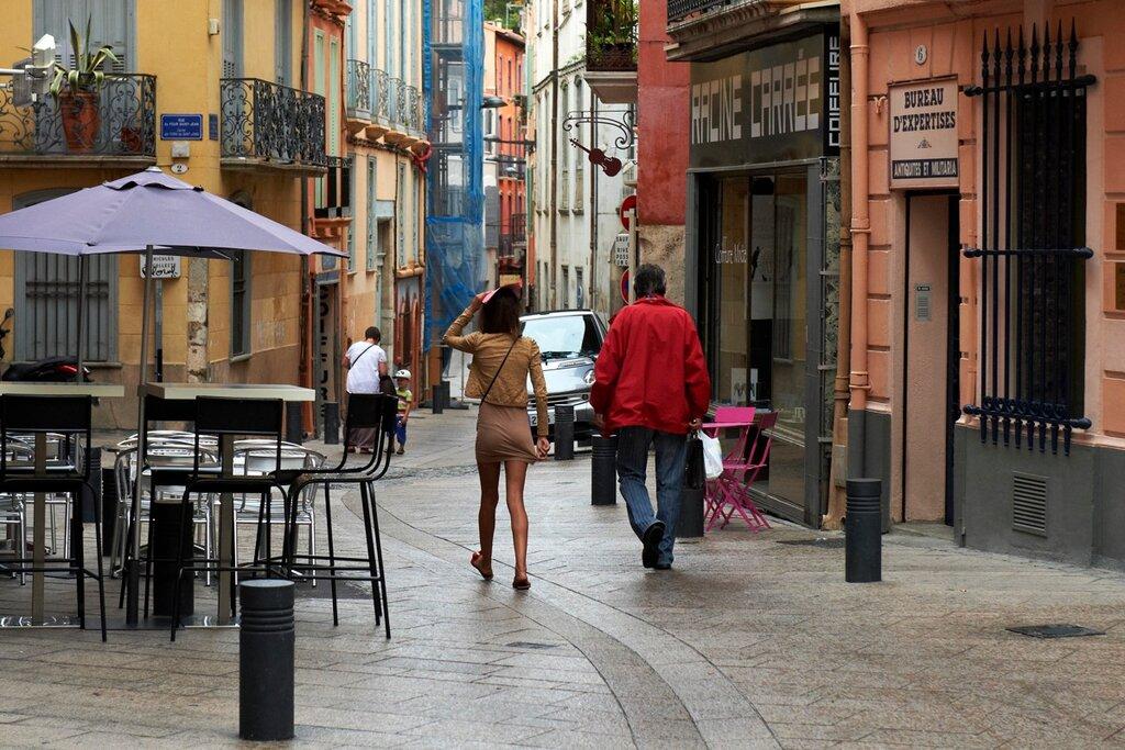 За фото в Южную Францию.