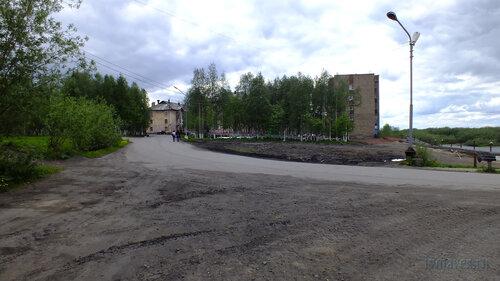 Фото города Инта №4663  Полярная 11 и 10 (поворот на мост) 19.06.2013_14:28