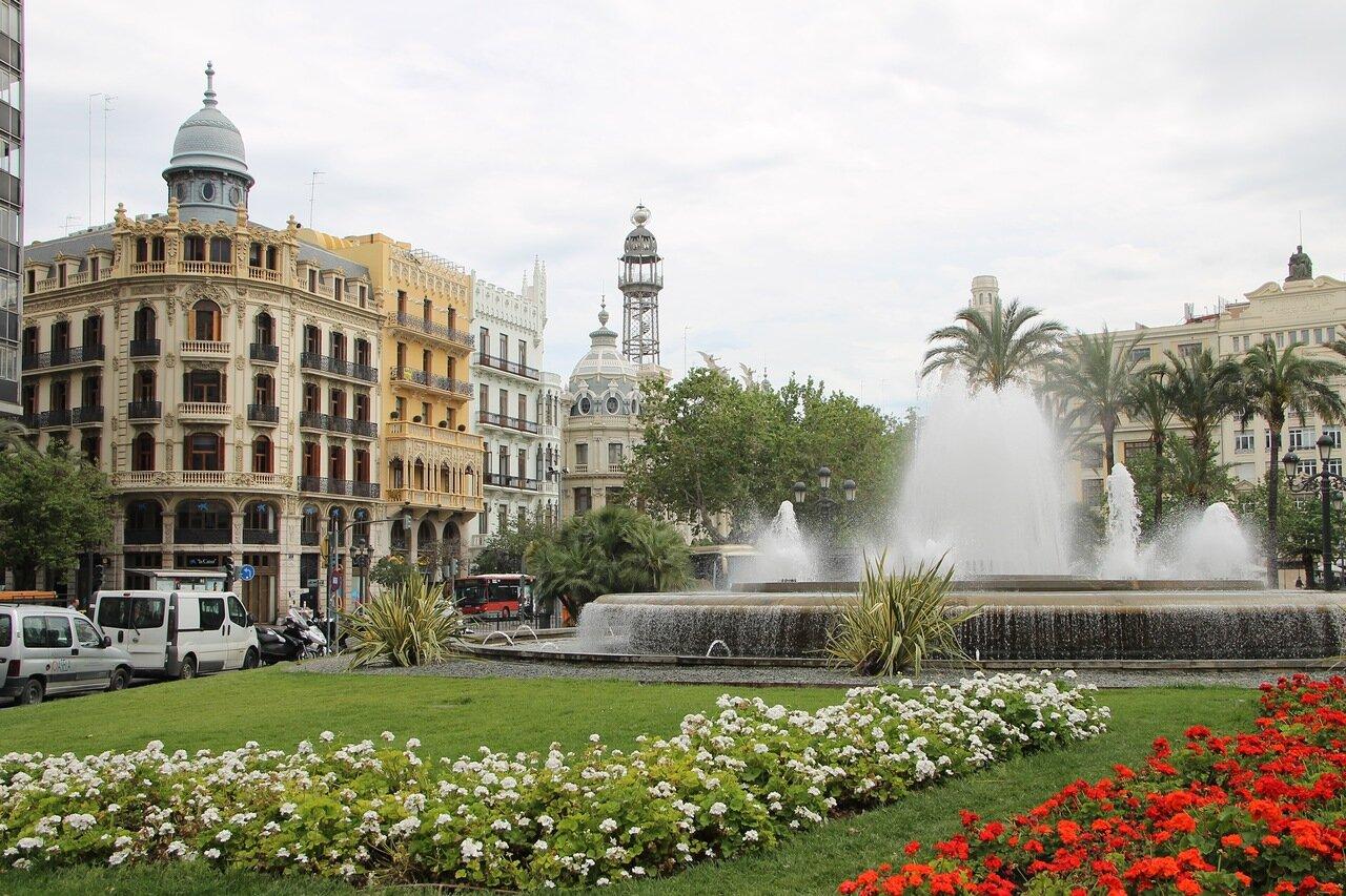 Valencia. The Ayuntamiento square