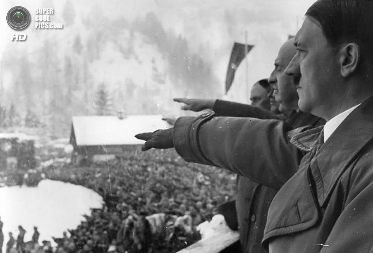 Третий рейх. Гармиш-Партенкирхен, Бавария. 6 февраля 1936 года. Рейхсканцлер Адольф Гитлер и президе
