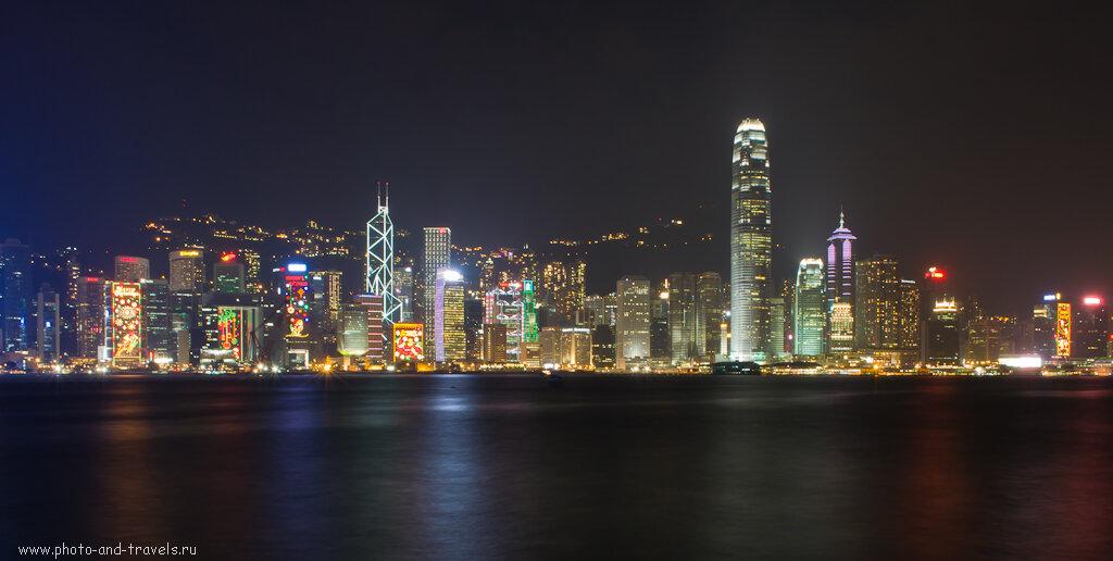 Вид ночного Гонконга. Снято на Nikon D5100 KIT 18-55 со штатива Era ECSA-3512