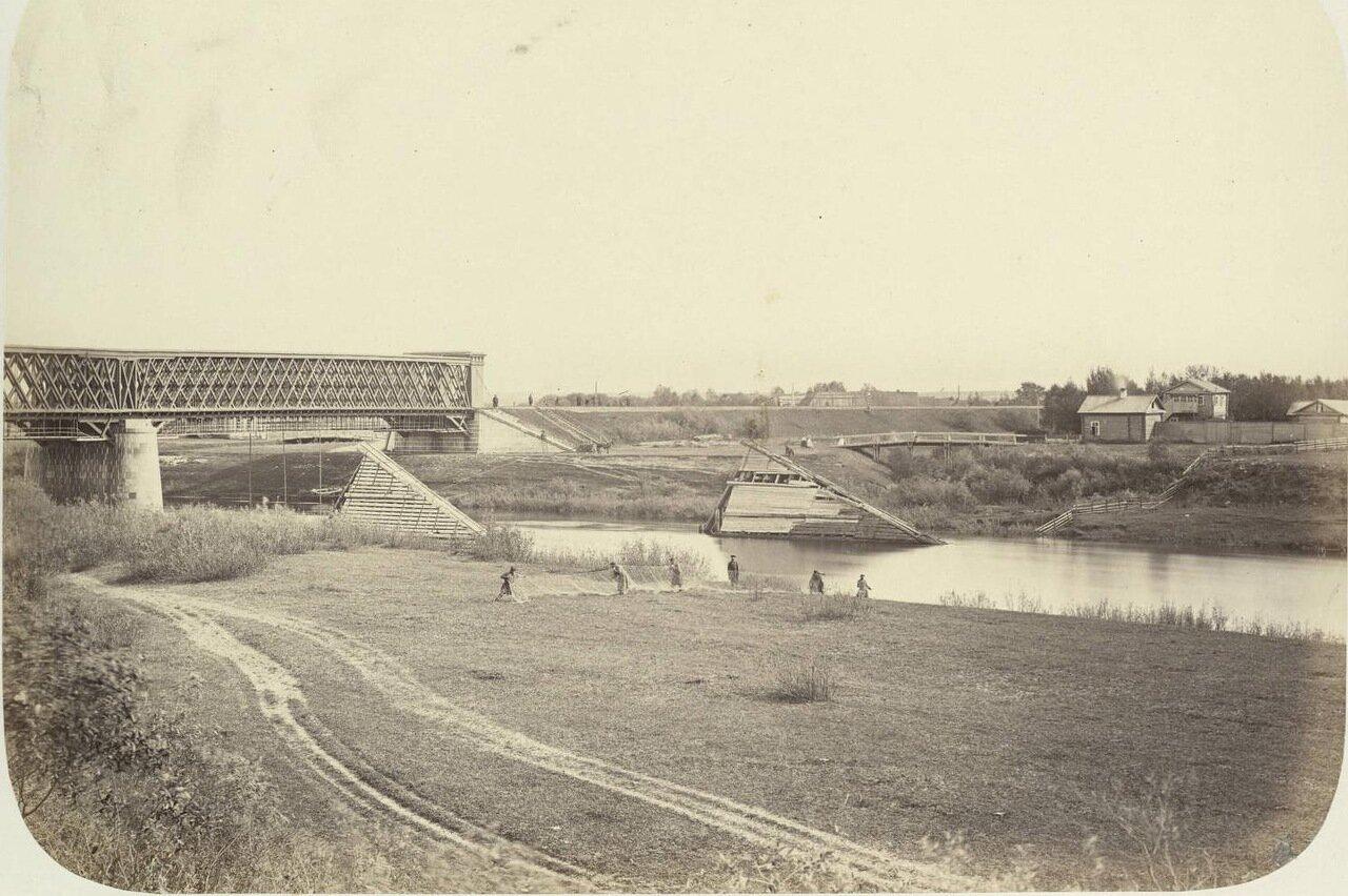 33. Мост через Волгу в окрестностях Твери