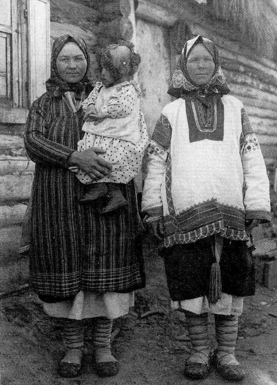 Крестьянки в будничной одежде. Рязанская губ. 1910 г.