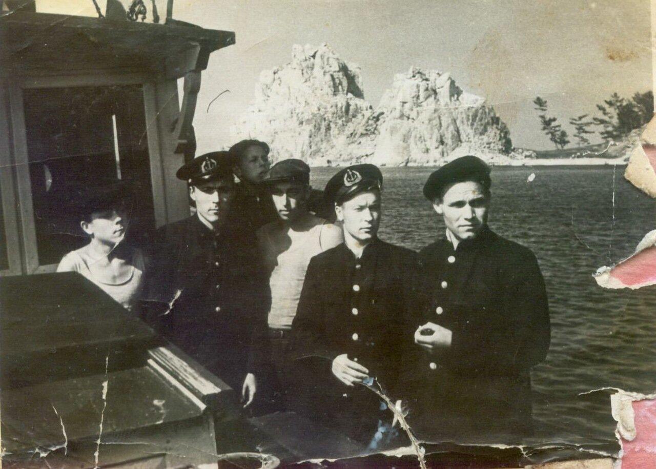1950-е. Команда катера Норд-Вест