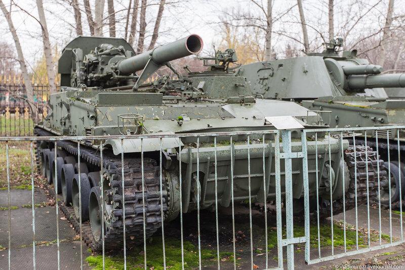 Самоходный миномет 2С4 «Тюльпан».