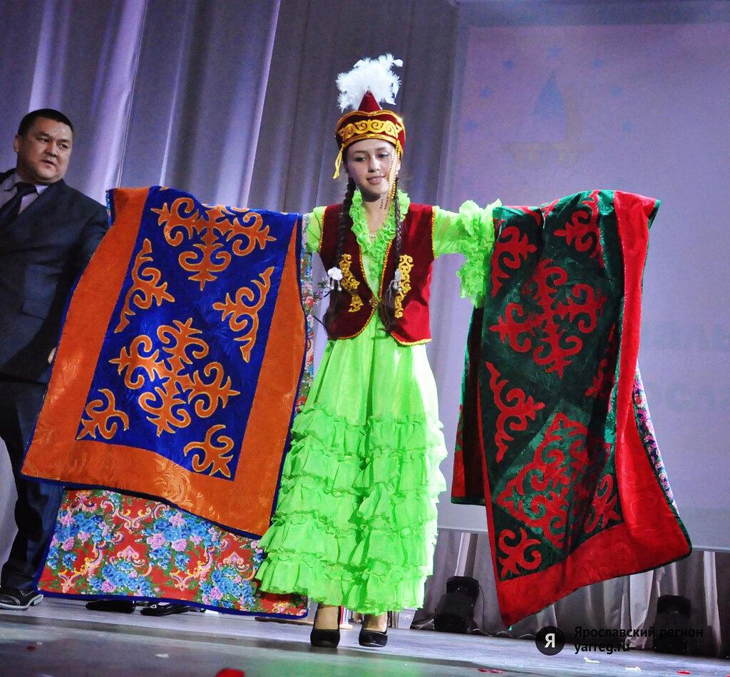 Чеченские девушки развлекаются фото 17 фотография