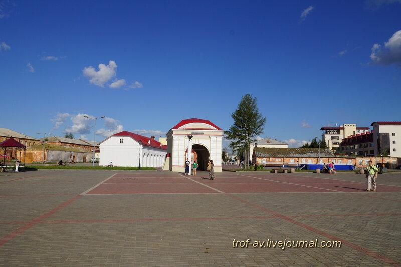 Тобольские ворота и денежная кладовая, историко-культурный комплекс Старая крепость, Омск