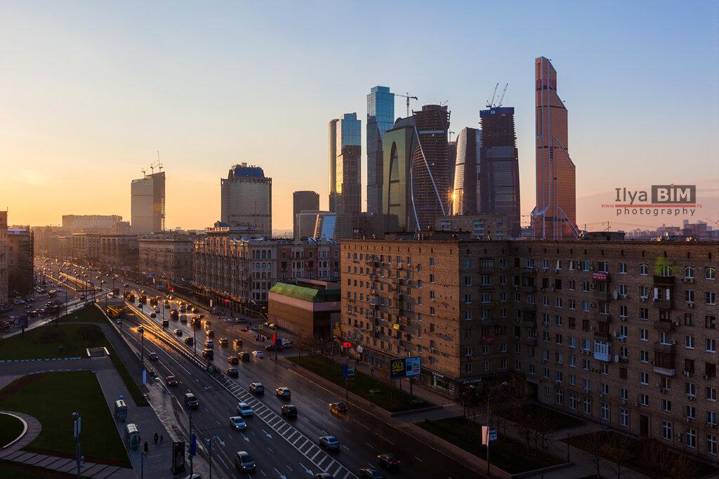 вид на ММДЦ Москва-Сити и Кутузовский