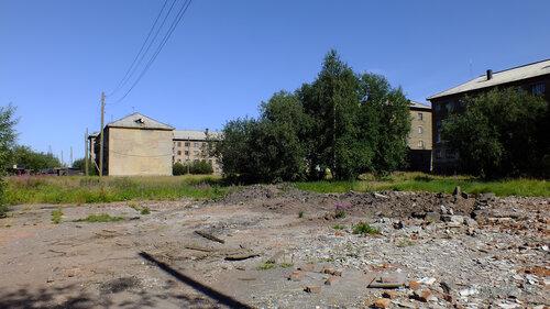Фото города Инта №5553  Спортивная 87, Восточная 88, 86 и 84 06.08.2013_13:45